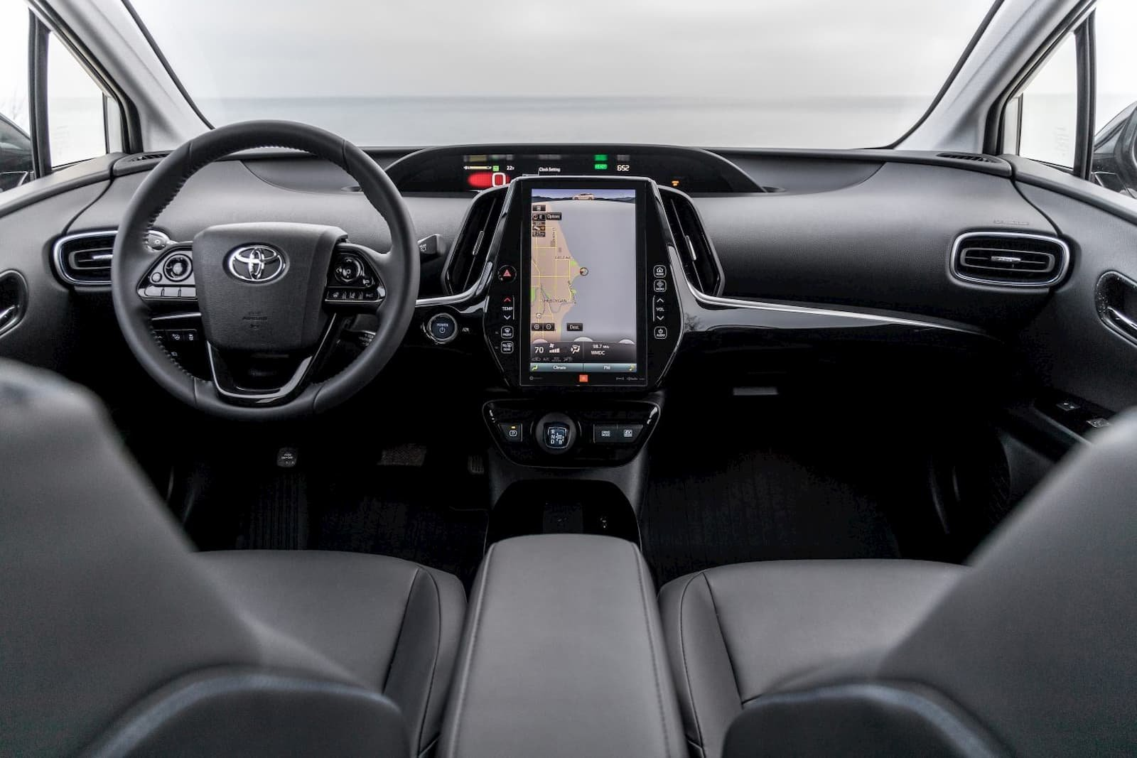 2020 Toyota Prius finally gets standard Apple CarPlay