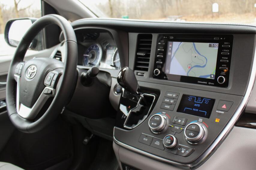 Toyota Sienna SE Premium